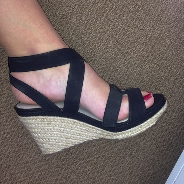 Size 9 Ladies Black Strap Wedges
