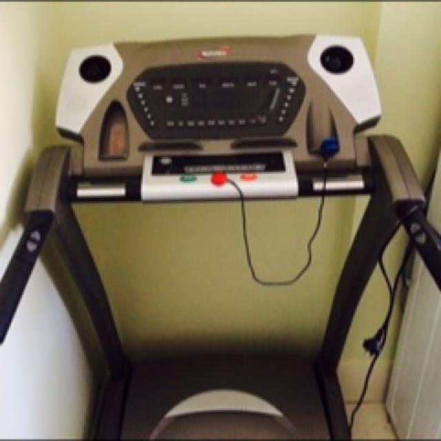 Spirit XT375 Motorised Treadmill