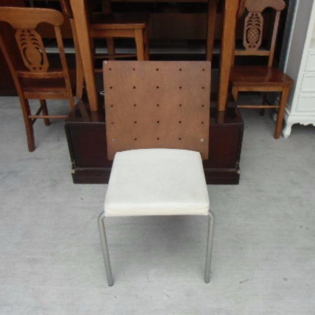 ❤二手倉庫❤STRAUSS有情門椅 皮椅 等待椅 皮餐椅 休閒椅 會客椅 咖啡椅 書桌椅*A0961