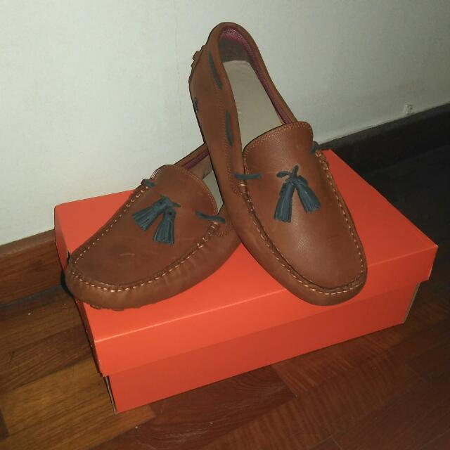 a28069172 Reserved   UK8 Lacoste Concours Tassle   Loafers