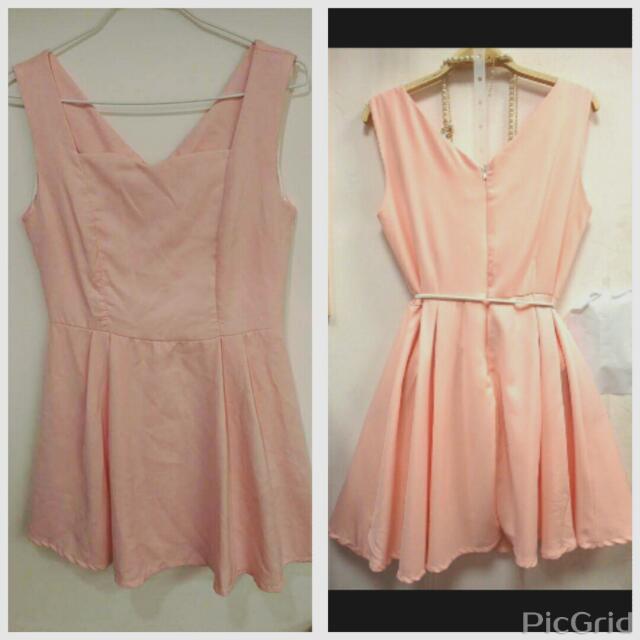 單色素面V領洋裝連身裙