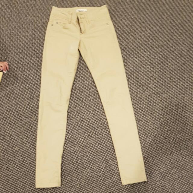 Womens Pants Never Worn