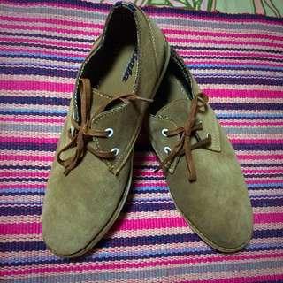 Size 10, Leather Shoes Bata