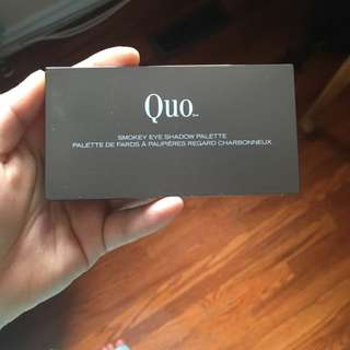 Quo Eyeshadow Palette