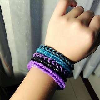 (滿額贈送)★紫黑藍色系橡皮手環—亮片、夜光★