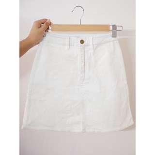 'Pare Basic' Corduroy Skirt