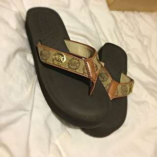 Michaels Kors Flip Flops