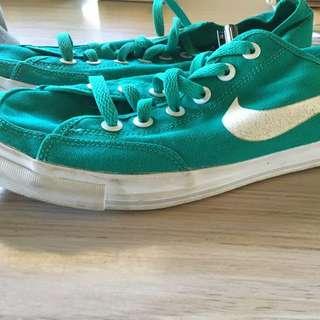 Nikes Size 11 Ladies