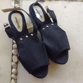 Black Shoes Suden