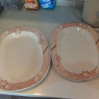 two rice dishes 2 bowl