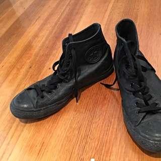Converse Black Leather US9