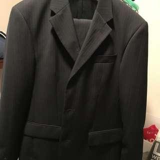 Men's Roger David Fine Pinstripe Suit