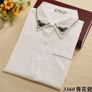 🚚 韓版領口刺繡圖案造型白襯衫