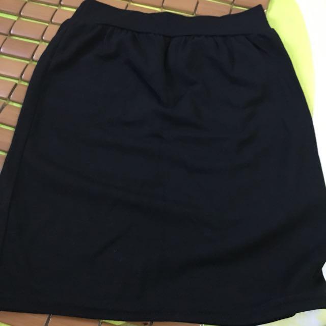 黑色棉質短裙