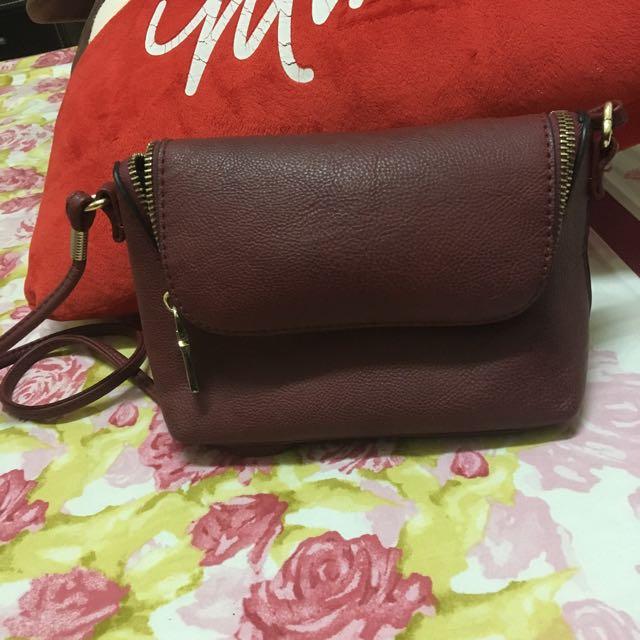 酒紅色 側背 小包