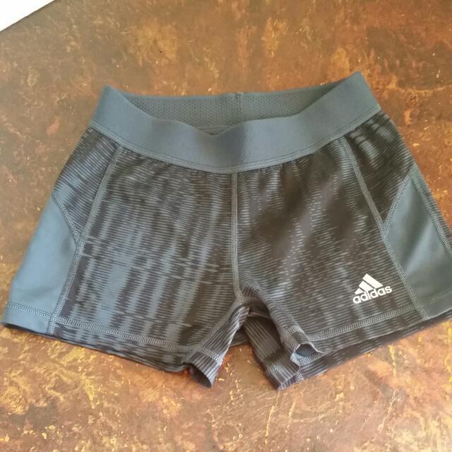 Adidas Techfit Women's size S Booty Shorts