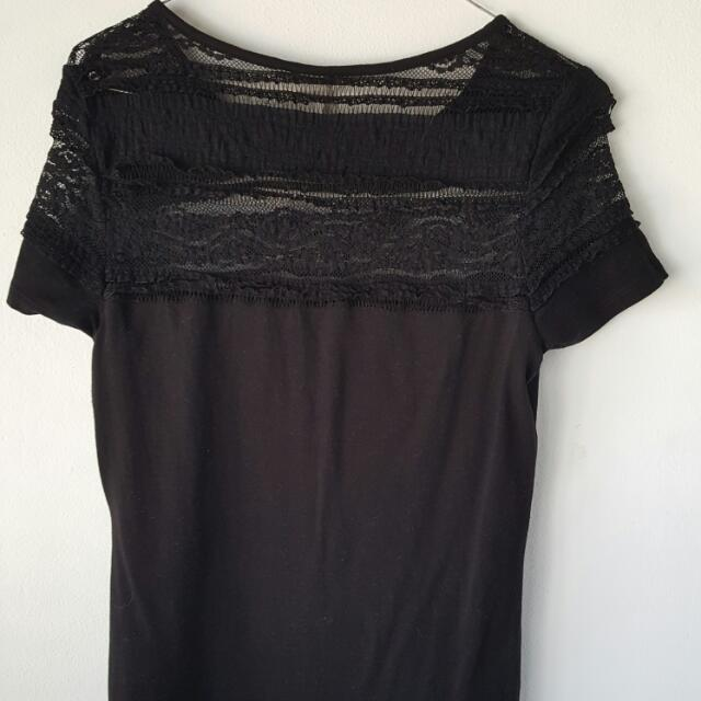 Black T-shirt Size M