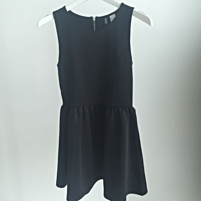 Dress Hitam Dari Divided H&M