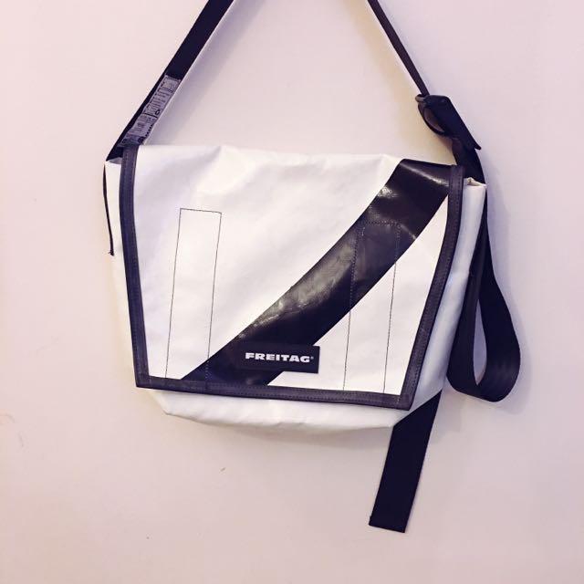 [Reserved] FREITAG F14 Dexter Messenger Bag on Carousell