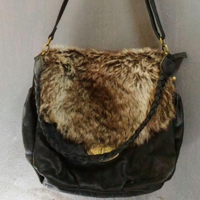 Fur Satchel Bag Kulit