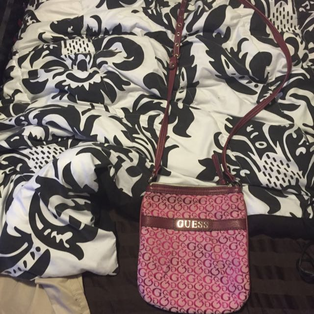 Guess Purse! Brand New Never Used