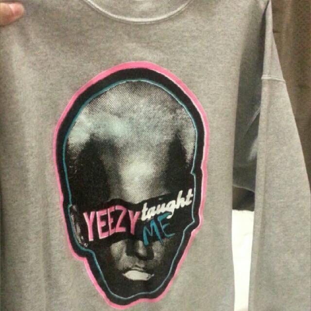 Long Sleve Yeezy Jumper