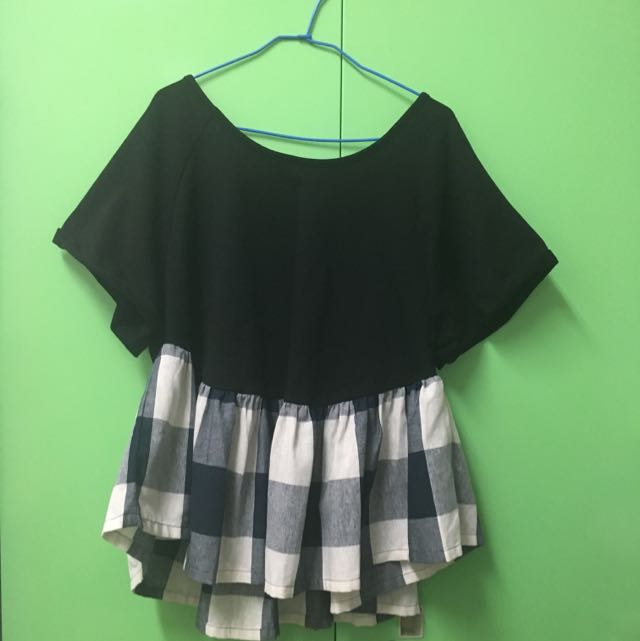 MOSS CLUB❤️荷葉裙襬棉質上衣