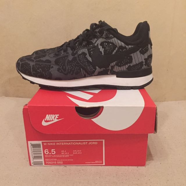 quality design aa295 b3bca Nike Internationalist 6 Womens