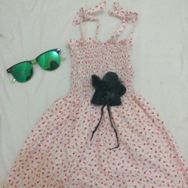 Summer Dress With Flower Brooch