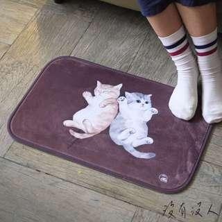 賴著不走 貓咪地毯 可愛貓咪腳踏墊 柔軟舒適 臥室 書房 客廳 手繪多款可選好搭配!小奶貓 咖啡 多款可選。沒有沒人