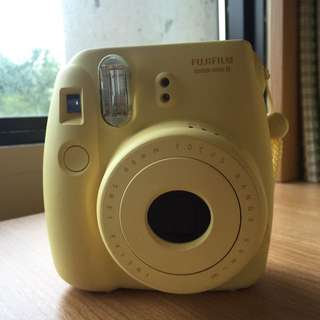 *reserved* FUJIFILM Instax Mini 8 (Funky yellow)