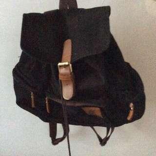 Esgotado Lilo Black Bag / Tas Ransel Canvas Serut