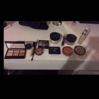 Mixture Of Makeup
