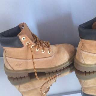 Original Timberlands Size 6.5 Fits 8-9 Aus FREE LOCAL DROP OFF