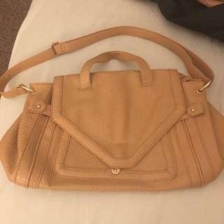 Mooloola Carry Bag
