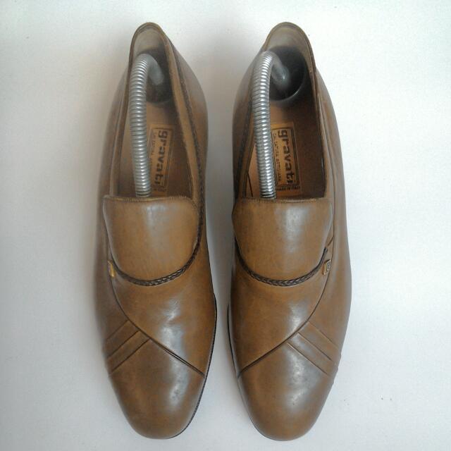 義大利男鞋40號全新4000元