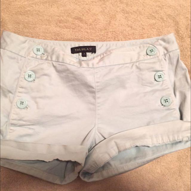 Aritzia. Size 2 Shorts