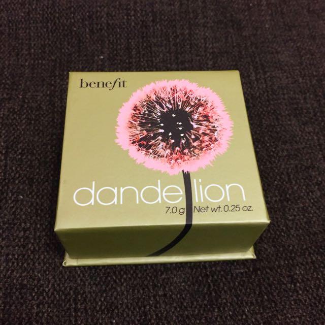 Benefit Dandelion Face Powder