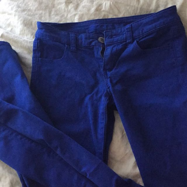 Blue AE skinny Jeans. Size 0