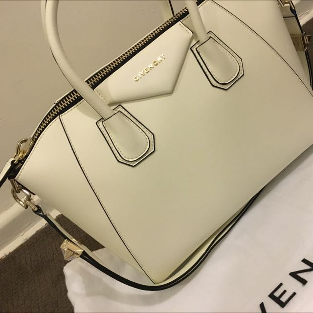 Givenchy High End Replica