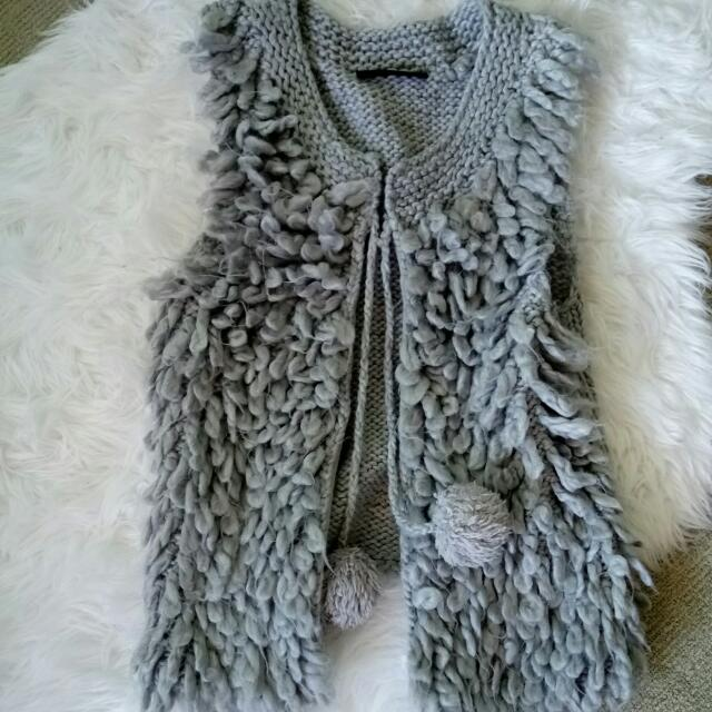 Grey Knitted Vest Size S