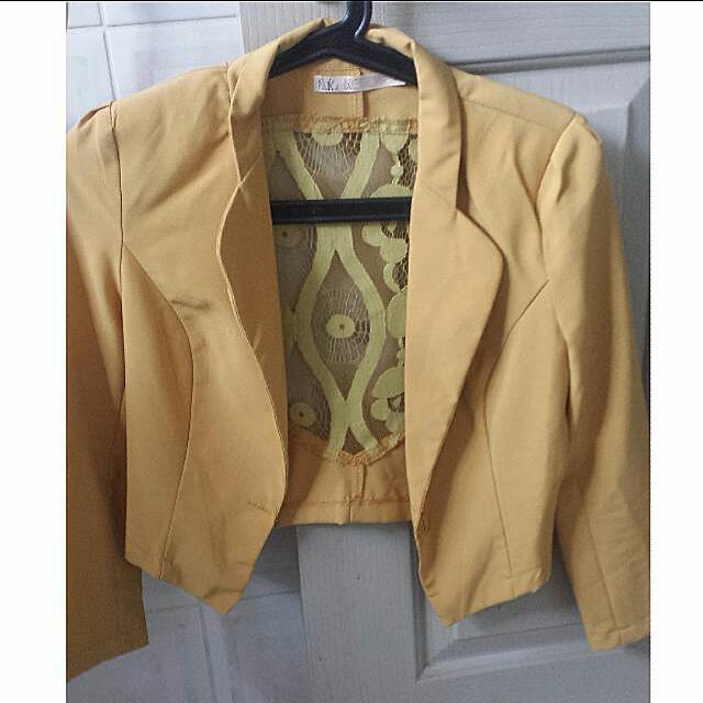 Lace Yellow Blazer Size 8/Small