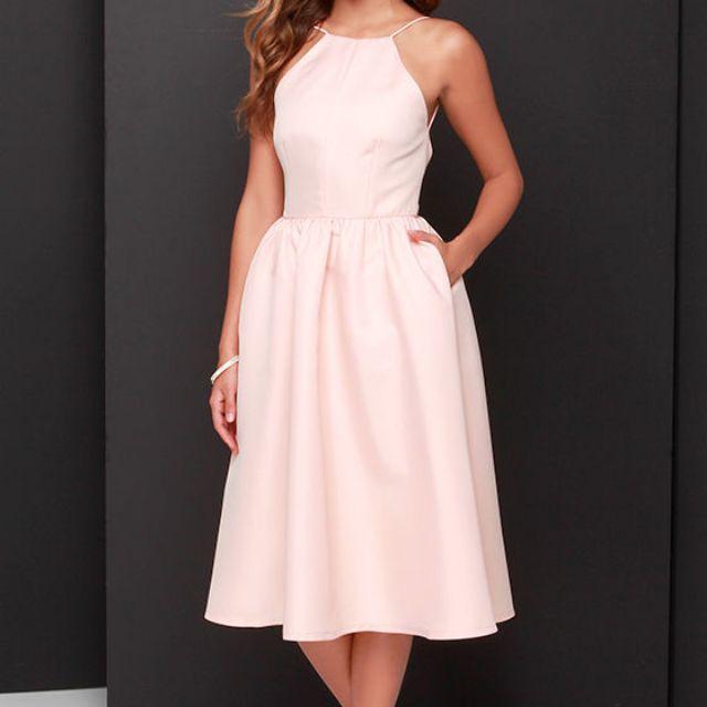 """LuLu's """"Pretty Peach"""" open-back dress, size L"""