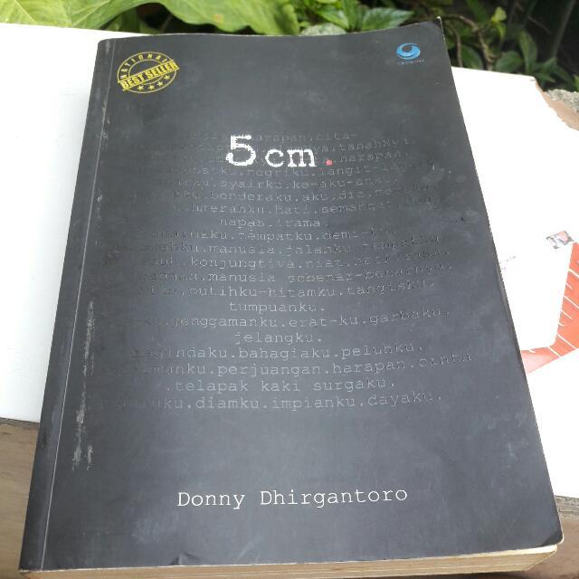 Novel 5cm (DONNY DHIRGANTORO)