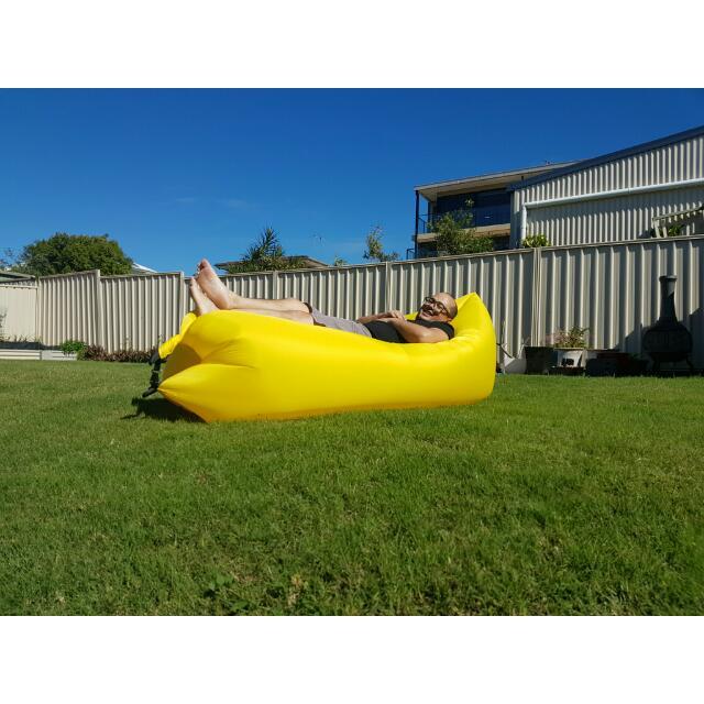 Self Inflating Air Lounge