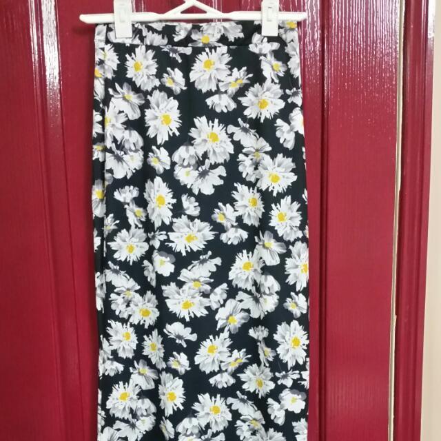 Size 10 Boohoo Side Split Maxi Skirt