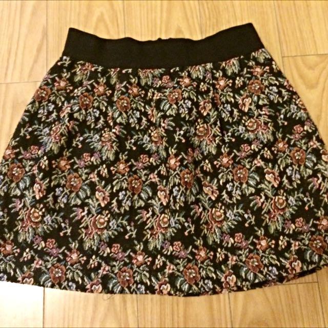Tapestry Print Skirt