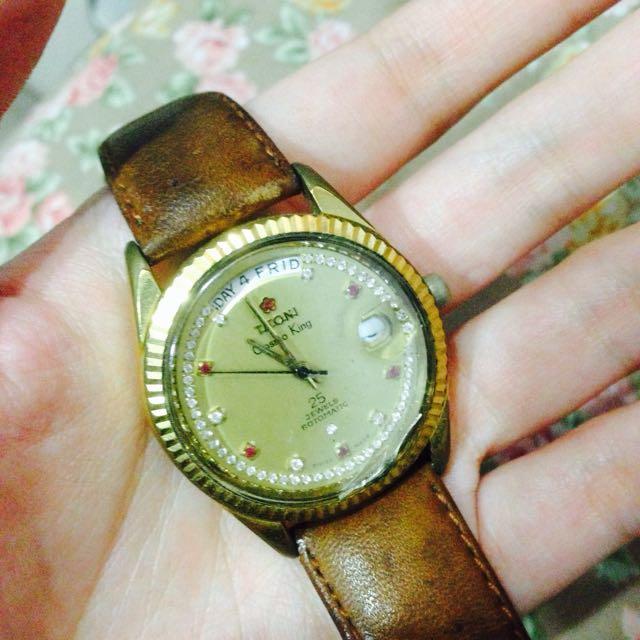 Titoni 老錶(可議價)