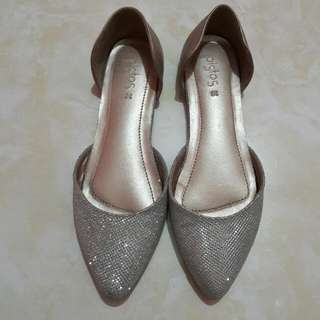 Flat Shoes Pistos Limited