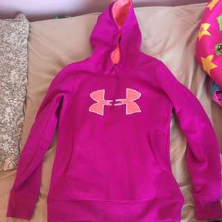 Women's Under Armour Sweater XS